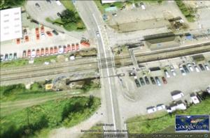 Thatcham level crossing at a quiet time - Source Google Earth